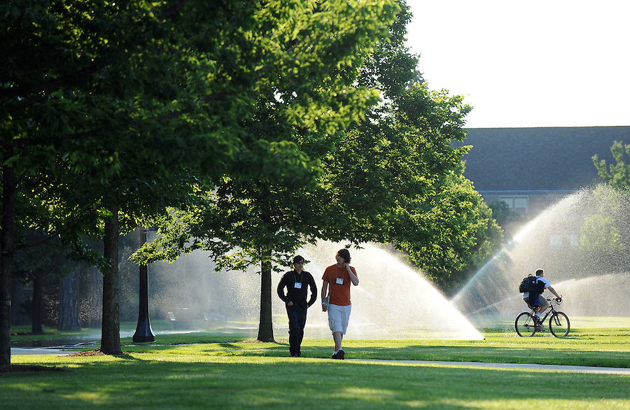 South Quad summer morning..Photo by Matt Cashore/University of Notre Dame