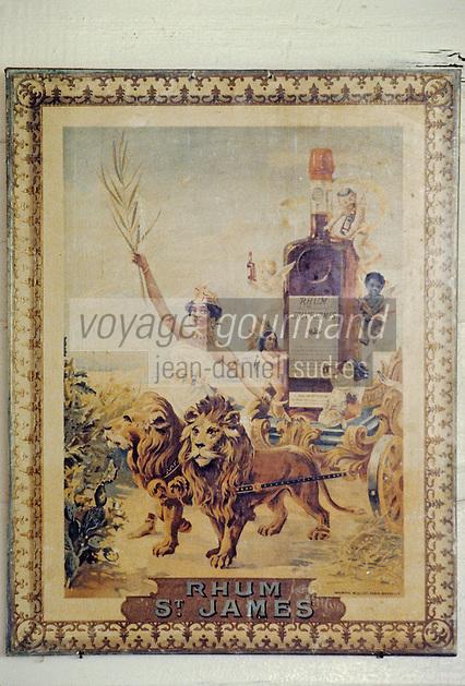 France/DOM/Martinique/Sainte-Marie/Distillerie Saint-James/Musée du Rhum: Détail d'une vieille affiche