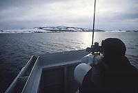 - Norwegian navy, guard on the bridge of a destroyer<br /> <br /> - marina militare norvegese, guardia in plancia di un cacciatorpediniere