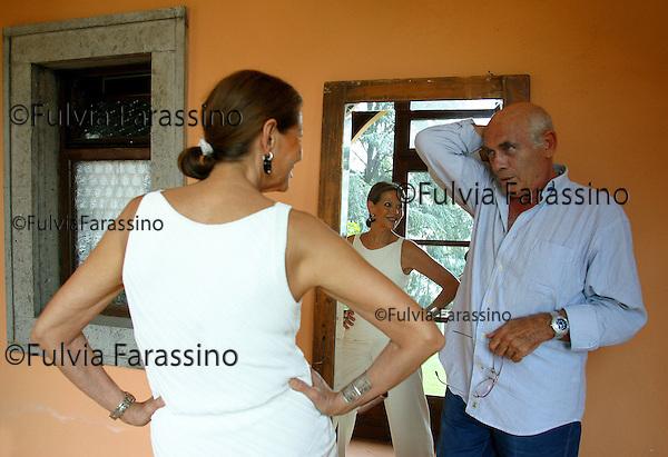 """Claudia Cardinale.Roma, 20 agosto 2002.Prove spettacolo teatrale """"Come tu MI Vuoi"""", Claudia Cardinale during """"Come tu mi vuoi"""" rehearses"""
