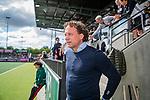 AMSTELVEEN  -  coach Jan John van 't Land (Adam)   Hoofdklasse hockey dames ,competitie, heren, Amsterdam-Pinoke (3-2)  . COPYRIGHT KOEN SUYK