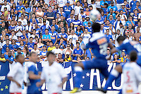 VARGINHA, MG, 17 DE MARCO DE 2013 - CAMPEONATO MINEIRO 2013 - BOA ESPORTE x CRUZEIRO -Torcida durante partida entre Boa Esporte x Cruzeiro, valida pela 6 rodada do Campeonato Mineiro 2013, no Estadio Melao em Varginha. FOTO: DOUGLAS MAGNO / BRAZIL PHOTO PRESS