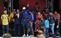 BOGOTA - COLOMBIA, 05-07-2018: Jose PEKERMAN técnico y Radamel FALCAO GARCIA y Yerry MINA jugadores de la Selección Colombia de fútbol durante el homenaje recibido hoy, 05 de julio de 2018, después de su participación en la Copa Mundial de la FIFA Rusia 2018. El acto tuvo lugar een el estadio Nemesio Camacho El Campín de la ciudad de Bogotá / Jose PEKERMAN coach and Radamel FALCAO GARCIA and Yerry MINA players of Colombia national soccer team during the tribute received today, July 5, 2018, after their participation in the FIFA World Cup Russia 2018. The event took place at Nemesio Camacho El Campin stadium in Bogota city. Photo: VizzorImage / Gabriel Aponte / Staff