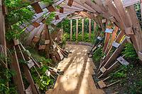 France, Chaumont-sur-Loire, Festival des Jardins 2013, thème de l'année, Jardins des Sensations : jardin, La rivière des sens, par l'Atelier Vecteur (mention obligatoire du Festival)