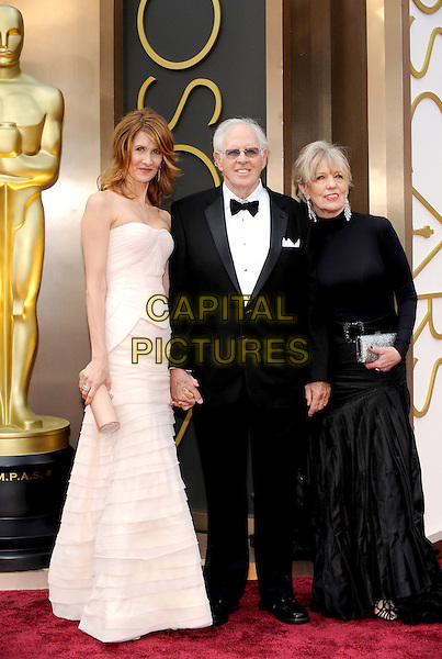 HOLLYWOOD, CA - MARCH 2: Laura Dern, Bruce Dern, Andrea Beckett arriving to the 2014 Oscars at the Hollywood and Highland Center in Hollywood, California. March 2, 2014.  <br /> CAP/MPI/mpi99<br /> &copy;mpi99/MediaPunch/Capital Pictures