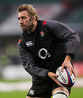 Englands' Chris Robshaw during the pre match warm up<br /> <br /> Photographer Bob Bradford/CameraSport<br /> <br /> NatWest Six Nations Championship - England v Wales - Saturday 10th February 2018 - Twickenham Stadium - London<br /> <br /> World Copyright &copy; 2018 CameraSport. All rights reserved. 43 Linden Ave. Countesthorpe. Leicester. England. LE8 5PG - Tel: +44 (0) 116 277 4147 - admin@camerasport.com - www.camerasport.com