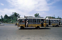 Pakistan    Karachi  1986 ..Buses on the road....