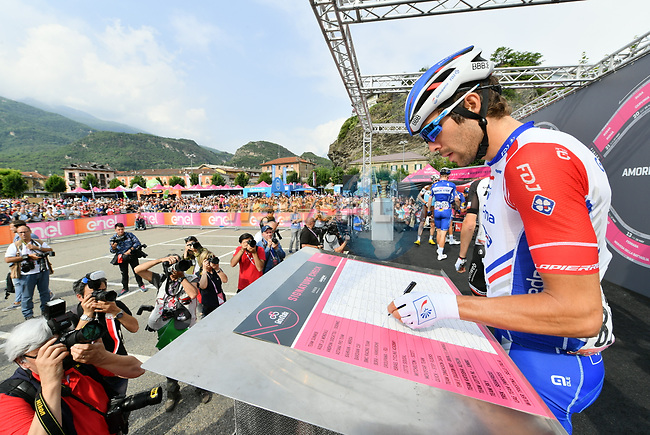 Thibaut Pinot (FRA) Groupama-FDJ at sign on before the start of Stage 20 of the 2018 Giro d'Italia, running 214km from Susa to Cervinia is the final mountain stage, with the last three climbs of Giro 101 deciding the GC of the Corsa Rosa, Italy. 26th May 2018.<br /> Picture: LaPresse/Gian Mattia D'Alberto | Cyclefile<br /> <br /> <br /> All photos usage must carry mandatory copyright credit (© Cyclefile | LaPresse/Gian Mattia D'Alberto)