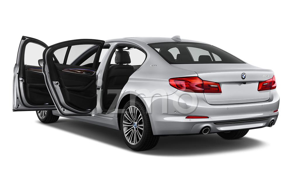 Car images close up view of a 2018 BMW 5 Series 530e iPerformance 4 Door Sedan doors