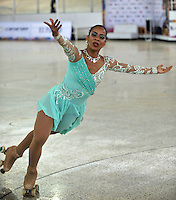 CALI - COLOMBIA - 19 - 09 - 2015: Viviana Osorio, deportista de Colombia, durante la prueba de Solo Danza Obligatorias Mayores Damas, en el LX Campeonato Mundial de Patinaje Artistico, en el Velodromo Alcides Nieto Patiño de la ciudad de Cali. / Viviana Osorio, sportwoman Colombia, during the Compulsory Solo Dance Senior Ladies   test, in the LX World Championships  Figure Skating, at the Alcides Nieto Patiño Velodrome in Cali City. Photo: VizzorImage / Luis Ramirez / Staff.