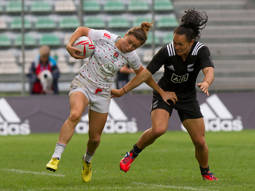 Natasha Brennan in actionWorld Rugby Women's HSBC Sevens Series, Clermont Ferrand, Day 2, at Stade Gabriel Montpied, Clermont Ferrand, France, on 29th May 2016