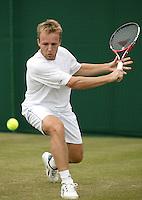 28-6-06,England, London, Wimbledon, first round match, C.Rochus