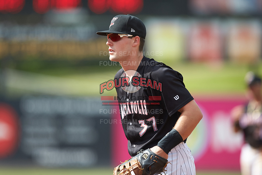 Kannapolis Intimidators first baseman Anthony Villa (37) on defense against the Hagerstown Suns at Kannapolis Intimidators Stadium on May 6, 2018 in Kannapolis, North Carolina. The Intimidators defeated the Suns 4-3. (Brian Westerholt/Four Seam Images)