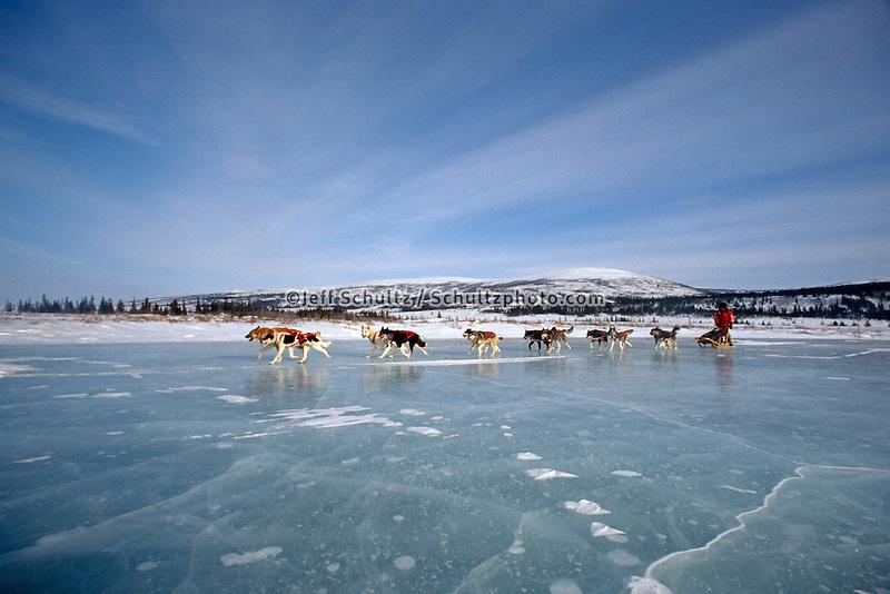 Susan Butcher on Frozen Tundra lake 1990 Iditarod near Shaktoolik