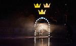 Stockholm 2014-05-03 Ishockey Oddset Hockey Games  Sverige - Finland :  <br /> Sverige spelare p&aring; v&auml;g in p&aring; isen i ett intro inf&ouml;r matchen<br /> (Foto: Kenta J&ouml;nsson) Nyckelord:  Oddset Hockey Games Sverige Swe Tre Kronor Finland Fin Globen Ericsson Globe Arena intro