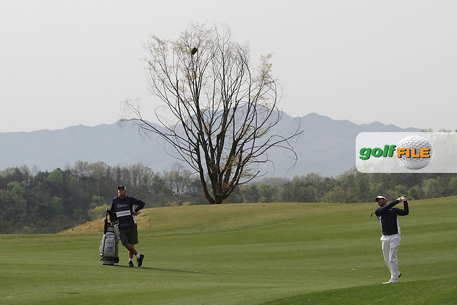Scott Jamieson (SCO) on the 2nd on Day 3 of the Ballantines Championship 2012 at Blackstone Golf Course, Icheon, Korea...(Photo Jenny Matthews/www.golffile.ie)