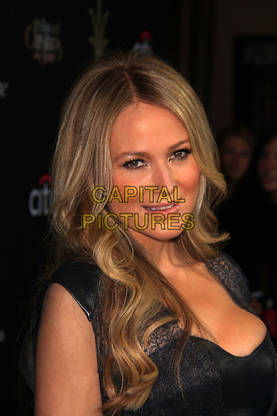 LOS ANGELES, CA - NOVEMBER 17: Jewel Kilcher at The Grove's 11th Annual Christmas Tree Lighting Spectacular, The Grove on  November 17, 2013 in Los Angeles, California, USA.<br /> CAP/MPI/JO<br /> &copy;Janice Ogata/MediaPunch/Capital Pictures