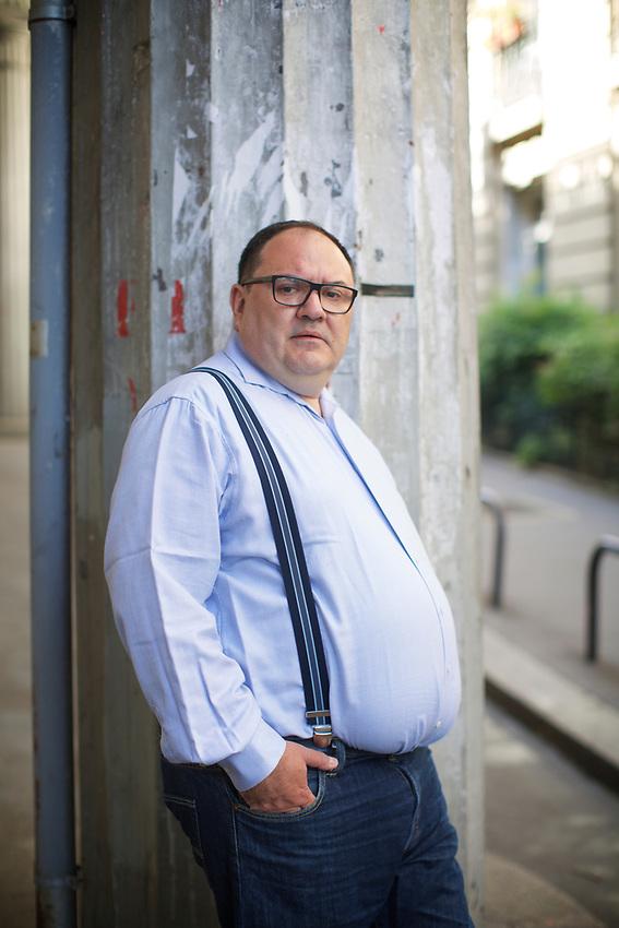 PARIS, France - June 5, 2017: Headshots of S&eacute;bastien Joncoux under the Bir-Hakeim bridge across the Seine.<br /> <br />  <br /> Credit: Clay Williams.<br /> <br /> &copy; Clay Williams / http://claywilliamsphoto.com