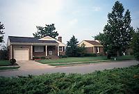 1990 July 03..Conservation.Berkley 3..Bell Diamond Home Ownership.Corner of Louisa & Culpeper Street...NEG#.NRHA#..HOUSING:B Dmnd 2 1:3