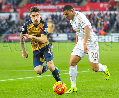 31.10.2015. Liberty Stadium, Swansea, Wales. Barclays Premier League. Swansea versus Arsenal. Swansea City's Jefferson Montero(R) takes on Arsenal's Héctor Bellerín