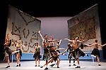 YVAN VAFFAN<br /> <br /> Chor&eacute;graphie : Jean-Claude Gallotta<br /> Restitution de la pi&egrave;ce et assistante &agrave; la chor&eacute;graphie : Mathilde Altaraz<br /> Musique : Strigall<br /> Dramaturgie : Claude-Henri Buffard<br /> Costumes : Marion Mercier et Jacques Schiotto d&rsquo;apr&egrave;s Jean-Yves Langlais<br /> Assistante costumes : Anne Jonathan<br /> Sc&eacute;nographie : Manuel Bernard et Jeanne Dard d&rsquo;apr&egrave;s Jean-Yves Langlais<br /> Lumi&egrave;res : Manuel Bernard<br /> Avec : Ximena Figueroa, Ibrahim Gu&eacute;tissi, Mathieu Heyraud, Georgia Ives, Bruno Mar&eacute;chal, C&eacute;cile Renard, Gaetano Vaccaro, Thierry Verger, St&eacute;phane Vitrano, B&eacute;atrice Warrand<br /> Compagnie : Le Centre chor&eacute;graphique national de Grenoble<br /> Lieu : Th&eacute;&acirc;tre National de Chaillot<br /> Ville : Paris<br /> Date : 17/11/2013