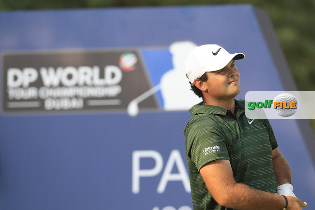 Patrick Reed (USA) on the 16th tee during the final round of the DP World Tour Championship, Jumeirah Golf Estates, Dubai, United Arab Emirates. 18/11/2018<br /> Picture: Golffile | Fran Caffrey<br /> <br /> <br /> All photo usage must carry mandatory copyright credit (&copy; Golffile | Fran Caffrey)