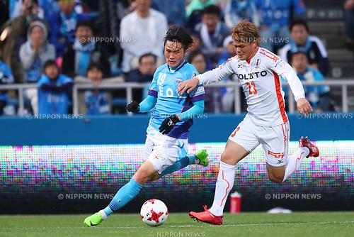 (L to R) <br />   Jeong Chung Geun (Yokohama FC), <br /> Makoto Rindo (Ehime FC), <br /> MAY 3, 2017 - Football / Soccer : <br /> 2017 J2 League match <br /> between Yokohama FC 4-0 Ehime FC <br /> at NHK Spring Mitsuzawa Football Stadium, Kanagawa, Japan. <br /> (Photo by YUTAKA/AFLO SPORT)