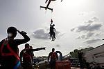 Paris, France. 4 Mai 2009..Brigade Fluviale de Paris..15h18 Entrainement d'helitreuillage..Paris, France. May 4th 2009..Paris fluvial squad..3:18 pm Winching up into a helicopter training..