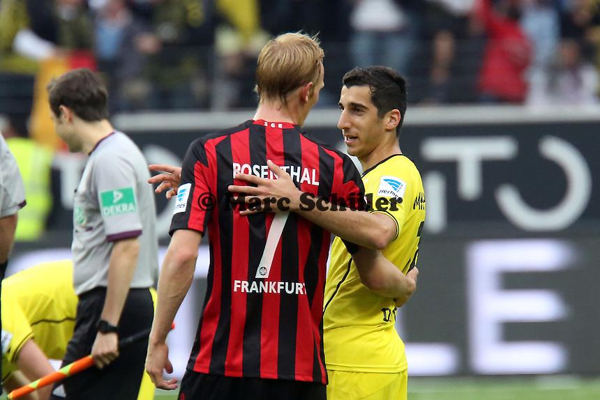 Henrikh Mkhitaryan (BvB) mit Jan Rosenthal (Eintracht) - Eintracht Frankfurt vs. Borussia Dortmund