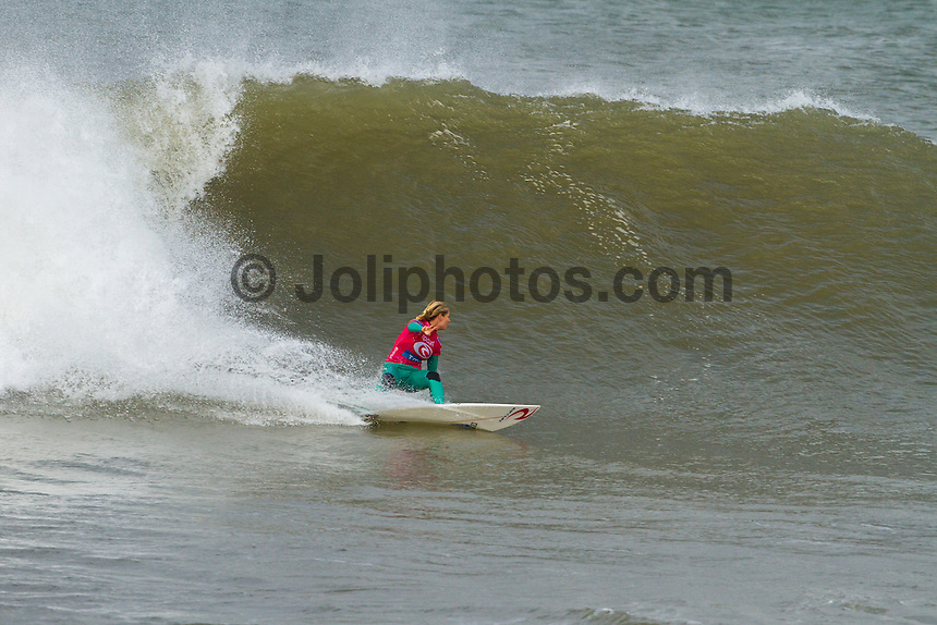 Stephanie Gilmore (AUS). LAGIDO, Peniche/Portugal (Thursday, October 7, 2010) -Round 1 of the Rip Curl Women's Pro Portugal was  called ON this morning, with the opening heat commencing at 10:30am at the backup site of Lagido. .Event No. 6 of 8 on the 2010 ASP Women's World Tour, the Rip Curl Women's Pro Portugal was greeted with solid surf today with event organizers opting to relocate to enjoy more favourable winds.. The Rip Curl Pro Portugal will run from October 7 through 18, 2010..Photo: joliphotos.com