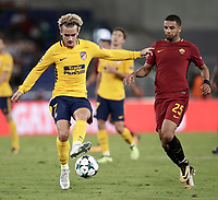 Football Soccer: UEFA Champions League AS Roma vs Atletico Madrid Stadio Olimpico Rome, Italy, September 12, 2017. <br /> Atletico Madrid's Antoine Griezmann (l) in action with Roma's Bruno Peres (r) during the Uefa Champions League football soccer match between AS Roma and Atletico Madrid at at Rome's Olympic stadium, September 12, 2017.<br /> UPDATE IMAGES PRESS/Isabella Bonotto