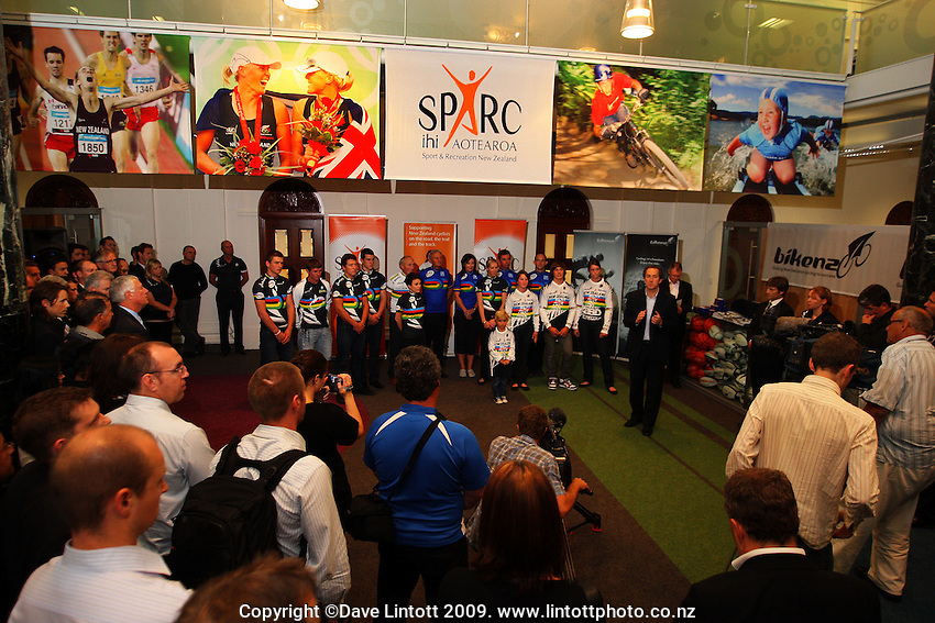 SPARC CEO Peter Miskimmin addresses the assembled media and guests. BikeNZ/SPARC World Champions media session at Sparc Headquarters, Wellington, New Zealand on Wednesday, 2 December 2009. Photo: Dave Lintott / lintottphoto.co.nz