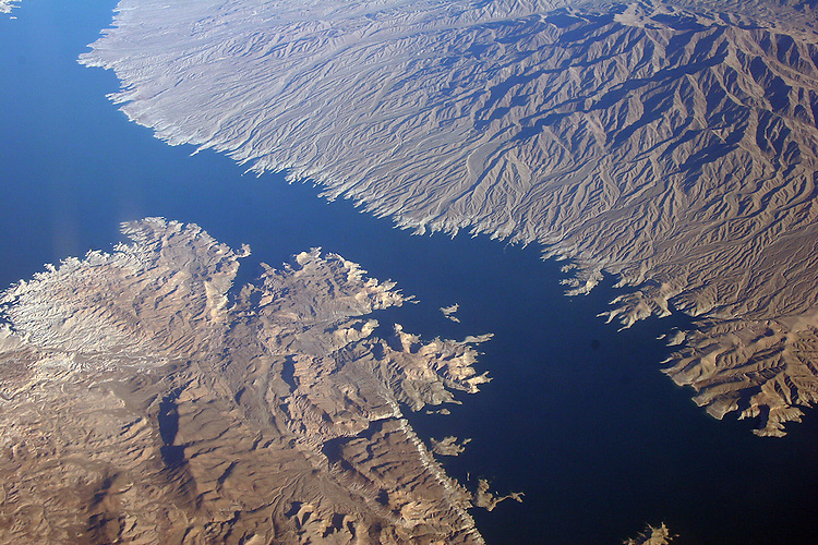 Albuquerque to Oakland--Desert southwest from 30,000 ft.