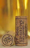 Europe/France/Aquitaine/33/Gironde/Sauternais/Barsca: La maison du Sauternes - Dégustation des vins de 1996 et bouchons [Non destiné à un usage publicitaire - Not intended for an advertising use]