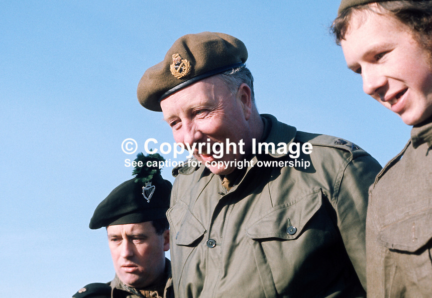 Lieutenant-General Vernon Forbes Erskine-Crum, GOC, recently-appointed general officer commanding, N Ireland, British Army, UK, meets troops on the ground, 197102000097c..Copyright Image from Victor Patterson, 54 Dorchester Park, Belfast, UK, BT9 6RJ..Tel: +44 28 9066 1296.Mob: +44 7802 353836.Voicemail +44 20 8816 7153.Skype: victorpattersonbelfast.Email: victorpatterson@me.com.Email: victorpatterson@ireland.com (back-up)..IMPORTANT: If you wish to use this image or any other of my images please go to www.victorpatterson.com and click on the Terms & Conditions. Then contact me by email or phone with the reference number(s) of the image(s) concerned.