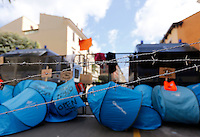 Manifestazione davanti all'ambasciata turca per protestare contro gli accordi tra Unione Europea e Turchia sui migranti, a Roma, 1 maggio 2016.<br /> Tents in front of the Turkish Embassy against the agreement between the EU and Turkey on migrants in Rome, 1 May 2016.<br /> UPDATE IMAGES PRESS/Riccardo De Luca