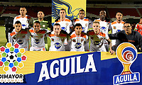TUNJA-COLOMBIA, 16-08-2019: Jugadores de Envigado F.C., posan para una foto, antes de partido de la fecha 6 entre Patriotas Boyacá y Envigado F.C., por la Liga Águila II 2019, jugado en el estadio La Independencia de la ciudad de Tunja. / Players of Alianza Petrolera, pose for a photo, prior a match of the 6th date between Patriotas Boyaca and Envigado F.C., for the Aguila Leguaje II 2019 played at the La Independencia stadium in Tunja city. / Photo: VizzorImage / José Miguel Palencia / Cont.