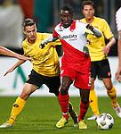 Nederland, Kerkrade, 21 september 2012.Eredivisie.Seizoen 2012-2013.Roda JC-FC Utrecht.Nana Asare (r.) van FC Utrecht in actie met bal. Links Amin Affane van Roda JC.