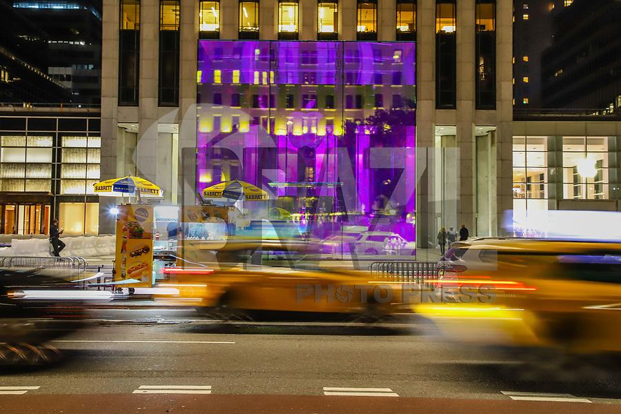 NOVA YORK, EUA, 07.09.2019 - APPLE-EUA - Vista do cubo de vidro da loja da Apple da Quinta Avenida que estava em obras desde 2017 em Nova York nos Estados Unidos neste sábado, 07. (Foto: Vanessa Carvalho/Brazil Photo Press)