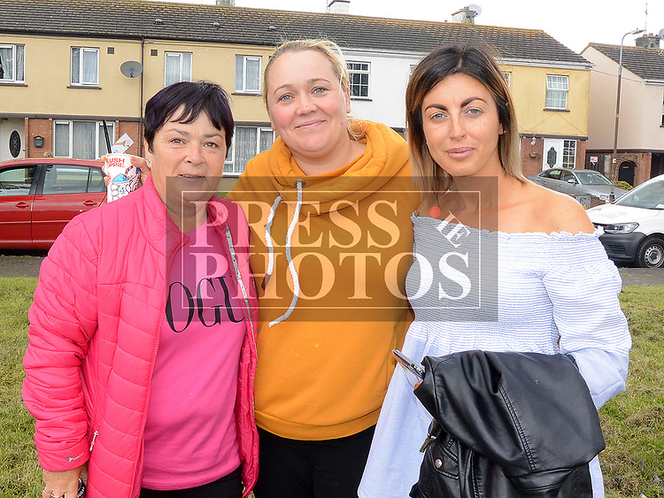 Ronah Gibney, Catherine Brady and Joanne Boyle at the 10th anniversary celebrations of McArdle Green estate in Moneymore. Photo:Colin Bell/pressphotos.ie