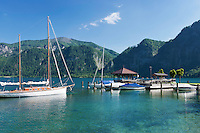 Austria, Upper Austria, Salzkammergut, Unterach am Attersee: marina - painter Gustav Klimt used this place as summer resort between 1900 and 1916 | Oesterreich, Oberoesterreich, Salzkammergut, Unterach am Attersee: Bootshafen, der Maler Gustav Klimt war hier von 1900 bis 1916 oft auf Sommerfrische
