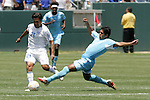9 June 2007: Guatemala's Pablo Melgar (right) tries to tackle the ball away from El Salvador's Eliseo Quintanilla (21). The National Team of Guatemala defeated the National Team of El Salvador 1-0 at the Home Depot Center in Carson, California in a first round game in the CONCACAF Gold Cup.