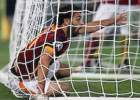 Calcio, Champions League, Gruppo E: Roma vs Bayer Leverkusen. Roma, stadio Olimpico, 4 novembre 2015.<br /> Roma's Mohamed Salah reacts during a Champions League, Group E football match between Roma and Bayer Leverkusen, at Rome's Olympic stadium, 4 November 2015.<br /> UPDATE IMAGES PRESS/Riccardo De Luca