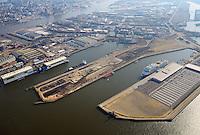 Kuhwerder Hafen: EUROPA, DEUTSCHLAND, HAMBURG 02.04.2016 Kuhwerder Hafen