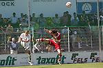 Sandhausen 10.05.2008, Benjamin Barg (SV Sandhausen) und Matthias Schwarz (FC Bayern M&uuml;nchen II) in der Regionalliga beim Spiel SV Sandhausen - FC Bayern M&uuml;nchen II<br /> <br /> Foto &copy; Rhein-Neckar-Picture *** Foto ist honorarpflichtig! *** Auf Anfrage in h&ouml;herer Qualit&auml;t/Aufl&ouml;sung. Belegexemplar erbeten.