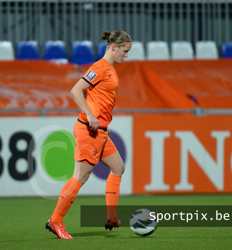 20140212 - ZWOLLE , THE NETHERLANDS : Dutch Mandy van den Berg pictured during the female soccer match between The Netherlands and Belgium , on the fifth matchday in group 5 of the UEFA qualifying round to the FIFA Women World Cup in Canada 2015 at Het Ijseldelta Stadion , Zwolle . Wednesday 12th February 2014 . PHOTO DAVID CATRY