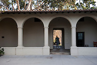 Occidental College view of the Booth Hall courtyard, October 27, 2010, Los Angeles. (Photo by Marc Campos, College Photographer)