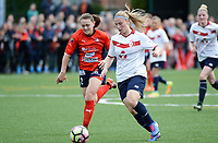 20170514 - LILLE , FRANCE : LOSC's Jana Coryn (right) pictured in action  during the 21 st competition game between the women teams of Lille OSC and La Roche Sur Yon in the 2016-2017 season of the Second Division A D2F A at stade Lille Metropole , Saturday 14th May 2017 ,  PHOTO Joke Vuylsteke | Sportpix.Be