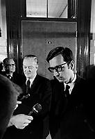 Jean Lesage et Robert Bourassa a l'Assemblee Nationale, <br /> Entre le 9 et le 15 fevrier 1969<br /> Photographe : Photo Moderne<br /> Collection : ©  Agence Quebec Presse
