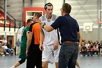 UITHUIZEN - Basketbal , Donar - Groene Uilen met meet en greet na afloop, voorbereiding seizoen 2018-2019, 01-09-2018 Donar speler Grant Sitton met Donar coach Erik Braal